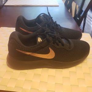 Black Nike Tanjun Sneakers Size 9